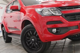 HOLDEN TRAILBLAZER