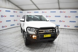 FORD EVEREST TREND (4WD) 2017